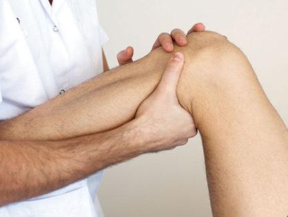 Боль под коленом сзади - причины и лечение