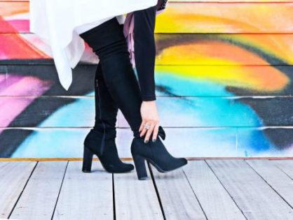 Сводит ноги при ходьбе: чем вызван симптом?