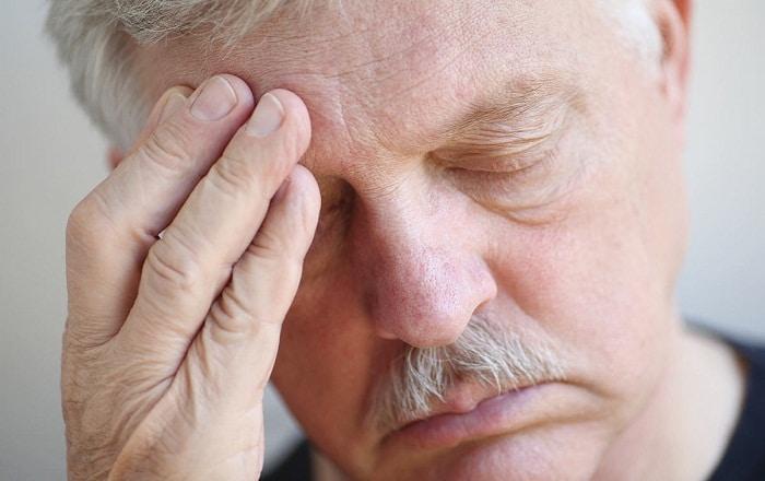 Болит правая сторона головы