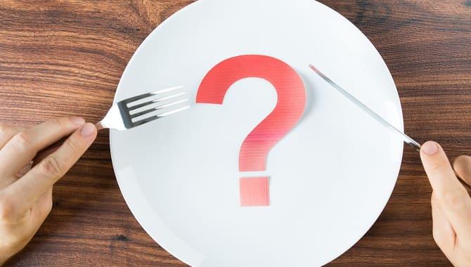 Знак вопроса на тарелке