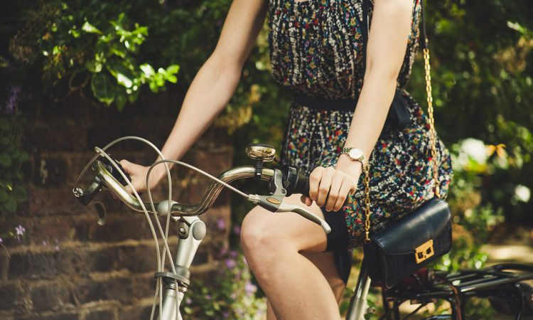 езда на велосипеде для женщин - польза и вред