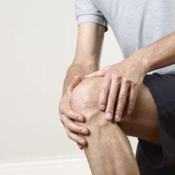 Причины слабости в коленях