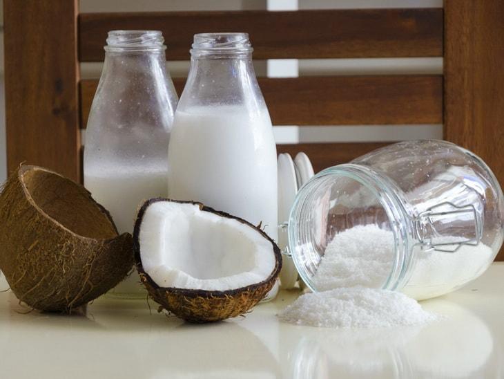 Кокос, кокосовое молоко и кокосовая стружка