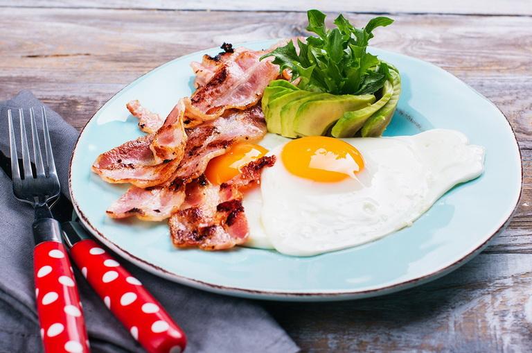 Безуглеводная диета: польза и вред, список продуктов, меню