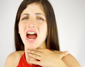 Аллергия в горле может длиться долго – неделю или месяц