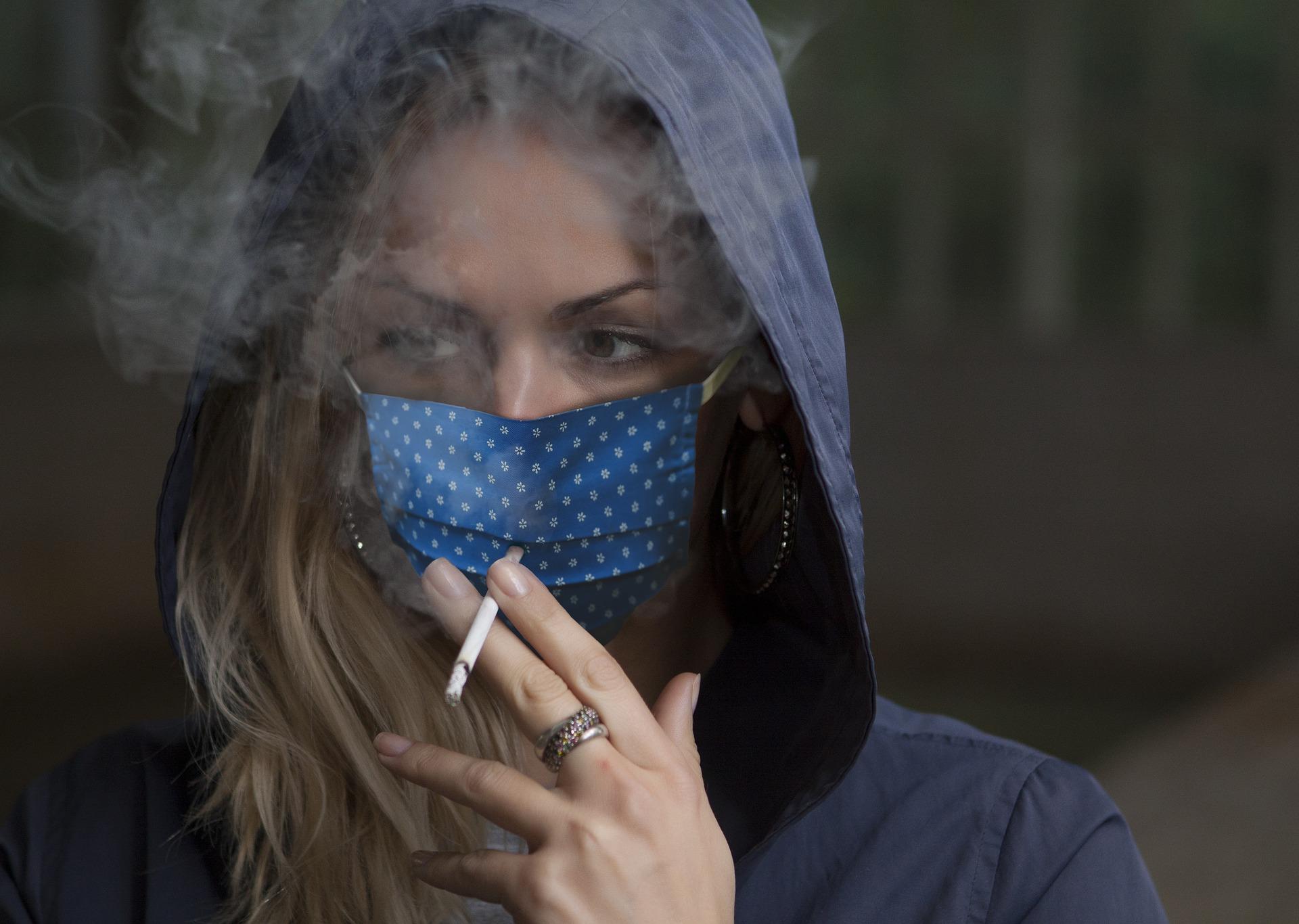 Пандемия повлияла на курение в России