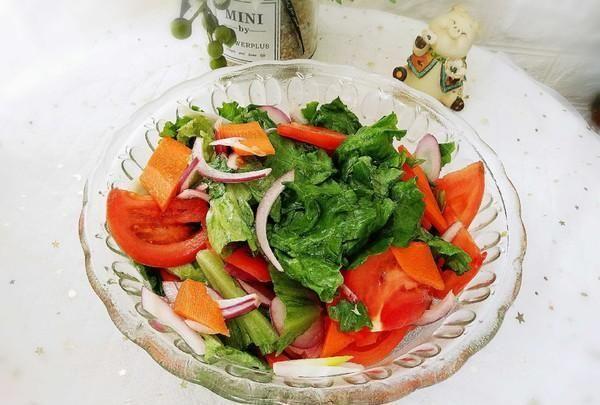 Жиросжигательные салаты: лучшие рецепты для похудения