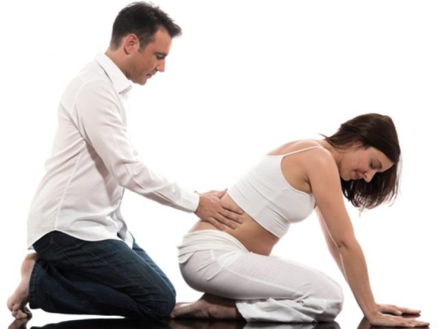 Массаж поясницы при беременности
