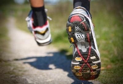 Sportivnaia obuv dlia bega