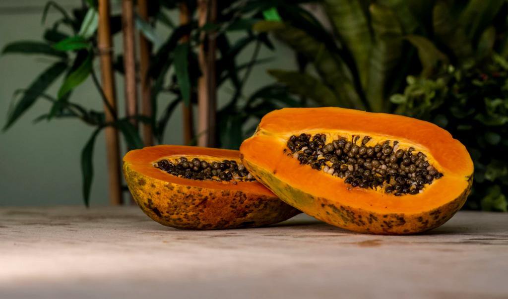 Папайя - источник протеолитического фермента папаина