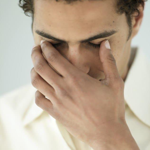 Боль при движении глазами: в голове, во лбу, в висках, внутри глаза