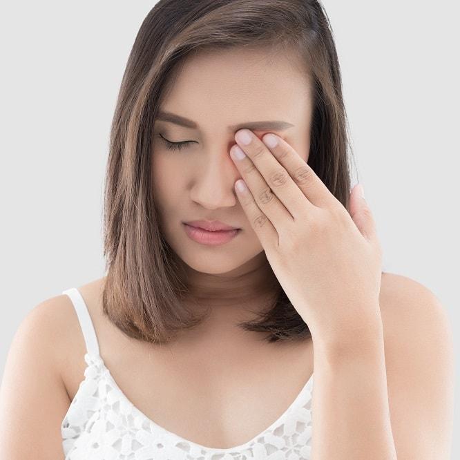Давящая боль в глазах - причины и возможные последствия