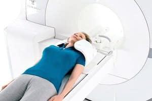 Сделать МРТ шейного отдела позвоночника в Москве: цены, отзывы, фото. Магнитно-резонансная  томография шеи недорого.